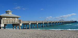Juno_beach_piersm