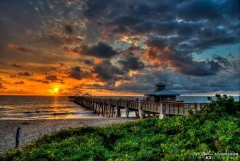 Steve Huskisson Juno Beach Pier Photo Contest